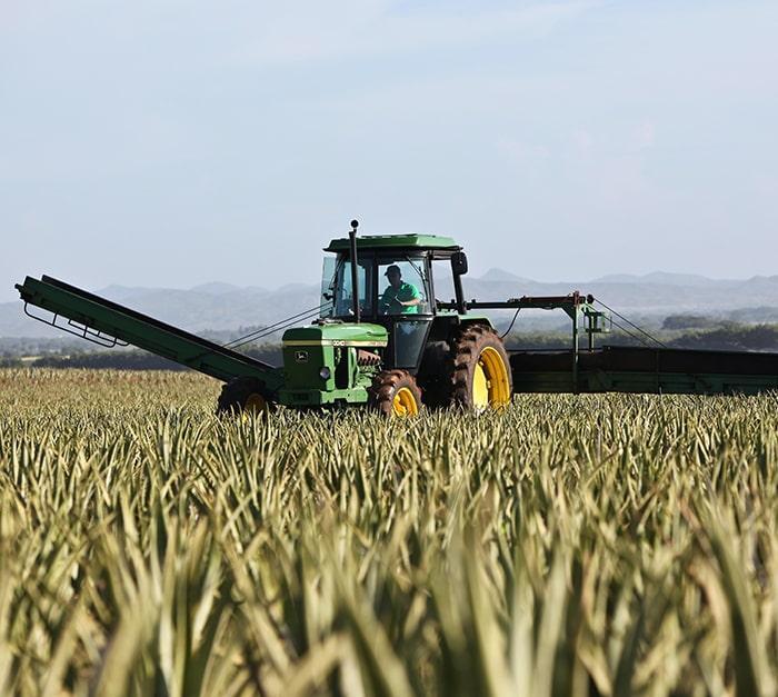 Traceur GPS qui s'adapte sur tout type d'engin ou matériel agricole